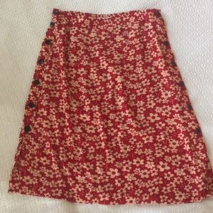 Madewell Skirts - Madewell red floral midi side button skirt